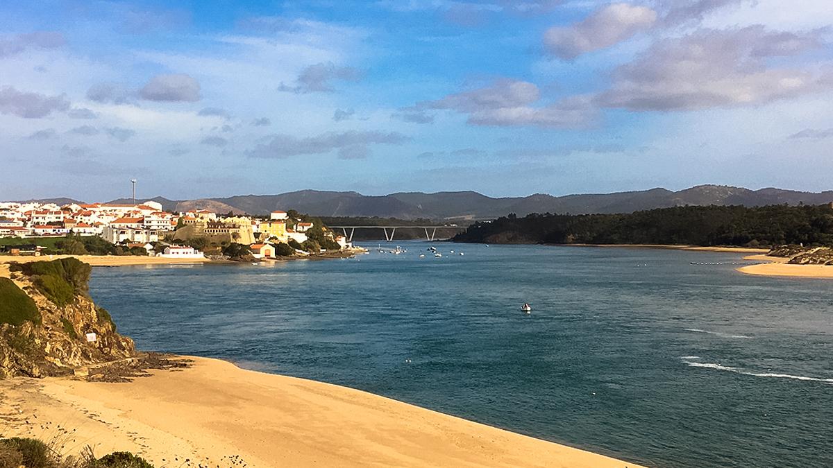 Vila Nova de Milfontes river