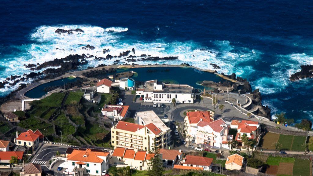 Porto Moniz swimming ocean pools